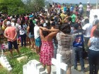 Enterrados corpos de 5 vítimas de acidente  (Felipe Valentim/TV Paraíba)