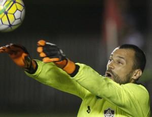 Diego Cavalieri Vitória x Fluminense (Foto:  LÚCIO TÁVORA/AGÊNCIA A TARDE/ESTADÃO CONTEÚDO)