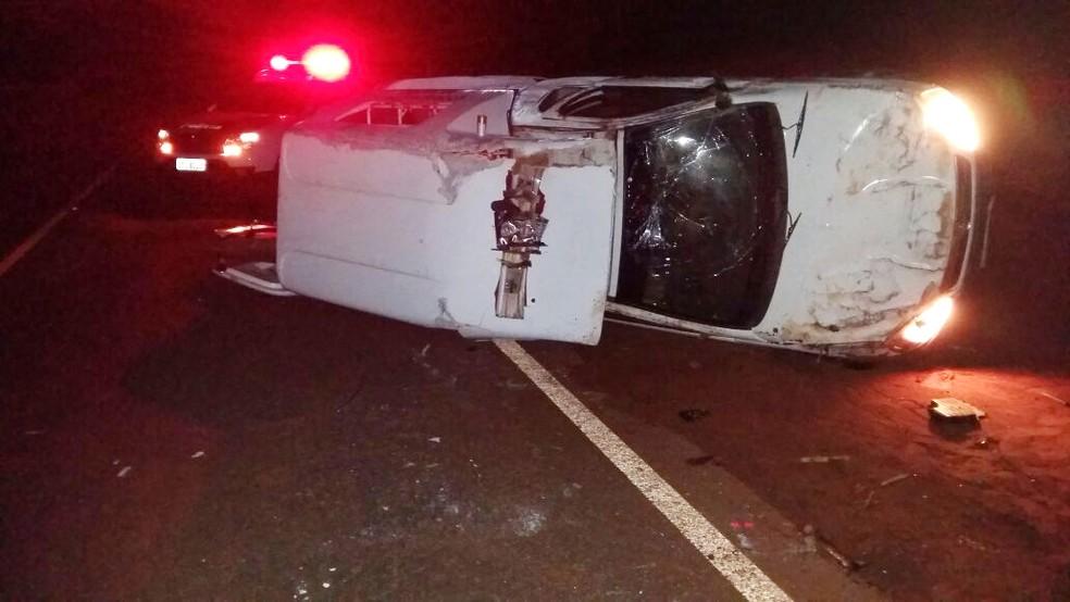 Jovem de 15 anos furtou e capotou a ambulância da Prefeitura de Paulicéia (Foto: Polícia Civil/Cedida)