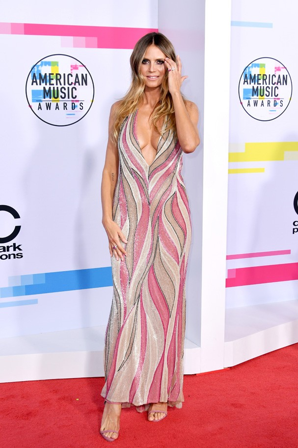 LOS ANGELES, CA - NOVEMBER 19:  Heidi Klum attends the 2017 American Music Awards at Microsoft Theater on November 19, 2017 in Los Angeles, California.  (Photo by Neilson Barnard/Getty Images) (Foto: Getty Images)