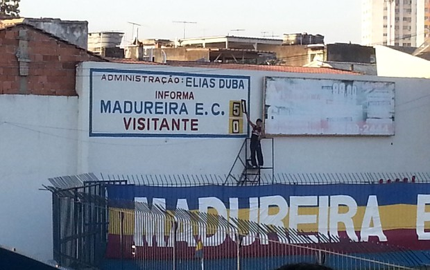 Madureira placar (Foto: Thales Soares)