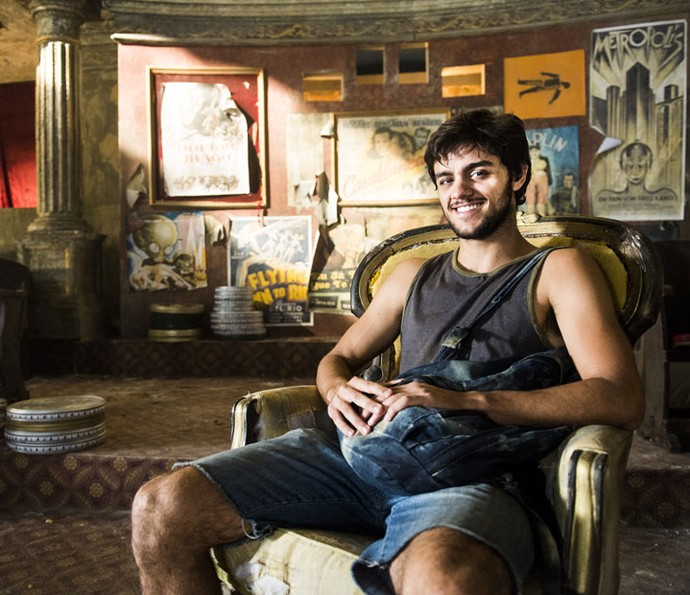 Felipe Simas fala sobre suas semelhanças com Jonatas (Foto: João Miguel Júnior/Globo)