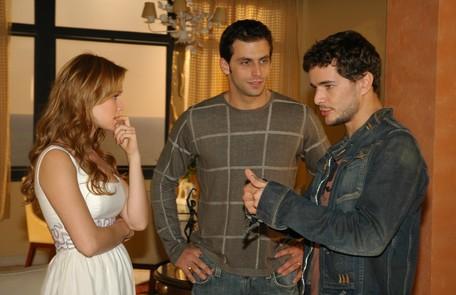 Em 2006, Mariana fez 'Cobras e lagartos', na qual contracenava com Henri Castelli e Daniel Oliveira Willian Andrade/TV Globo