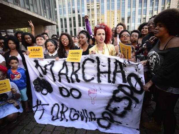 Marcha do Orgulho Crespo na Avenida Paulista neste domingo (Foto: Cris Faga/Fox Press Photo/Estadão Conteúdo)