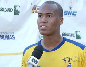 Helber, zagueiro do Palmas  (Foto: Reprodução/TV Anhanguera)