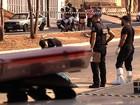 Jovem é morto a tiros ao ir buscar a namorada em curso, diz polícia