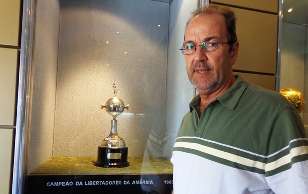 hugo de león grêmio adeus, olímpico (Foto: Lucas Rizzatti/Globoesporte.com)