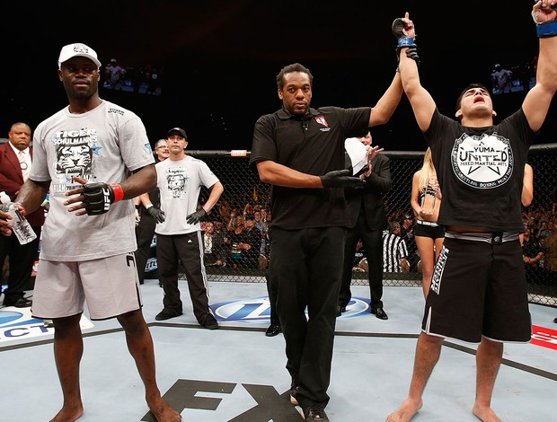 MMA - UFC - Kelvin Gastelum vence Uriah Hall  (Foto: Getty Images)