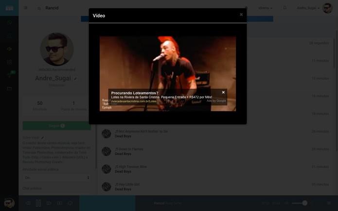 Além de comprar músicas o usuário pode ver a letra das músicas ou ver vídeos em tela cheia (Foto: Reprodução/André Sugai)