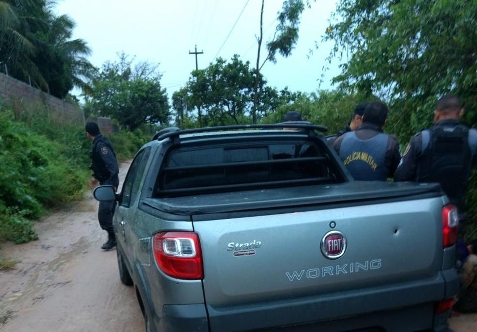 Veículo roubado no Alecrim foi recuperado no Guarapes após perseguição. (Foto: Divulgação / PM)