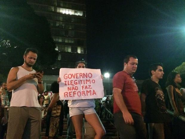 Manifestantes foram até a Prefeitura de Campinas, SP (Foto: Roberta Steganha / G1)