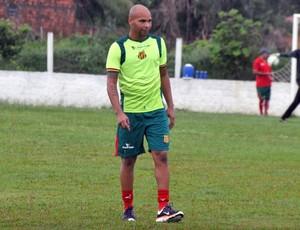 Paulo Sérgio se apresentou na tarde desta terça-feira no clube (Foto: Divulgação/Site do Sampaio)