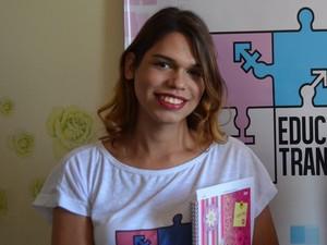 'Pretendo cursar ciências sociais para ajudar nessas causas', diz Giovana (Foto: Tássio Andrade/G1)