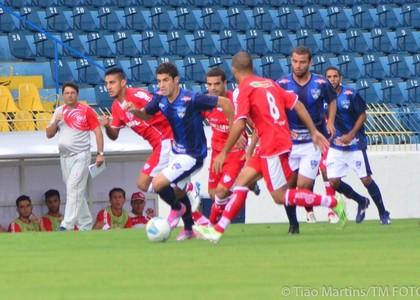 Diélton São José dos Campos x Itapirense (Foto: Tião Martins/ TM Fotos)