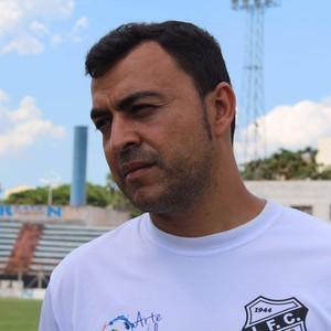 Fernando Alves Treinador Independente-SP Limeira Galo (Foto: Denis Suidedos)