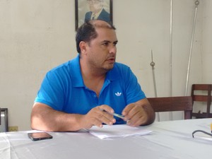 Amarildo Ribeiro pediu demissão do cargo de diretor de futebol do Democrata (Foto: Zana Ferreira/GE)