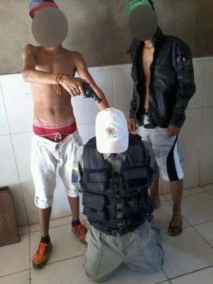 Foto foi encontrada no celular de adolescente apreendido pela polícia (Foto: Brigada Militar/Divulgação)
