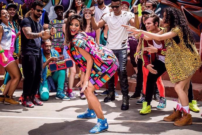 Tainá gravou o clipe na Vila Madalena, em São Paulo (Foto: João Gomes/Divulgação)