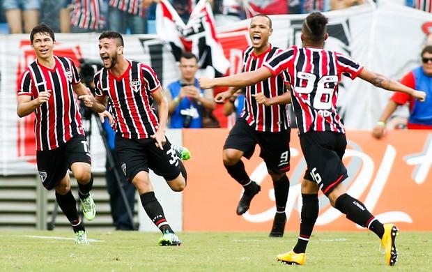 Bosquilha gol São Paulo x Santos (Foto: Alexandre Schneider / Getty Imagens)