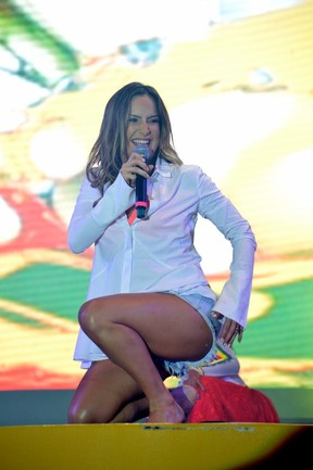 Claudia Leitte em show em Salvador, na Bahia (Foto: Felipe Souto Maior/ Ag. News)