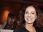 Durante peça épica de teatro, Eliane Giardini ouve: 'Olha lá a Muricy!'