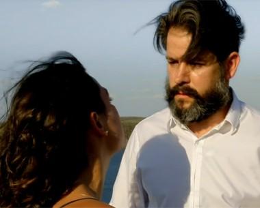 Jaime morre após saber que Antônia está grávida de Leandro (Amores Roubados / TV Globo)