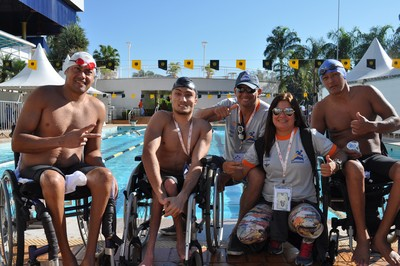 Equipe de natação paralímpica da ADD-MS (Foto: Edson Cavalli/ADD-MS)