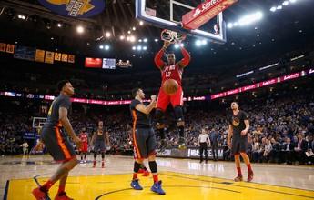 Golden State toma susto, mas sobra no último quarto e vence outra na NBA
