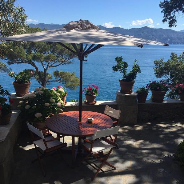 Vista da varanda do hotel em que Luciana Gimenez está hospedada na Riviera Italiana (Foto: Reprodução / Instagram)