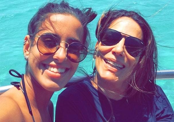 Ana Morais e a mãe, Gloria Pires (Foto: Reprodução/Instagram)