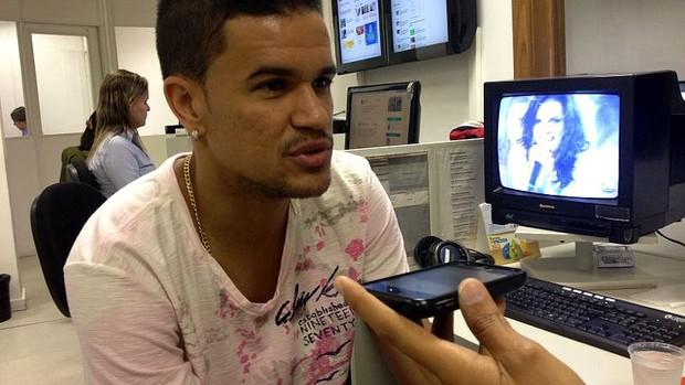 Rafael Bastos, meia do Cluj, em entrevista ao GLOBOESPORTE.COM (Foto: Divulgação)