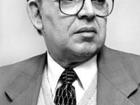 Corpo do ex-governador do Ceará e ministro Beni Veras é sepultado