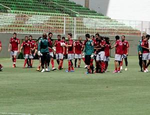 jogadores américa-mg treino (Foto: Marco Antônio Astoni)