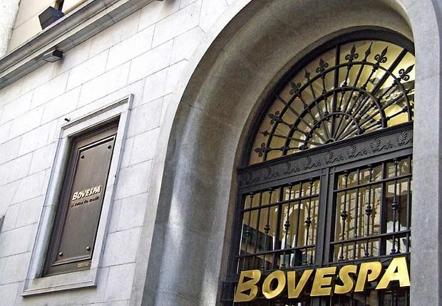 Bovespa fecha em queda de 0,95% com apreensão sobre cena fiscal