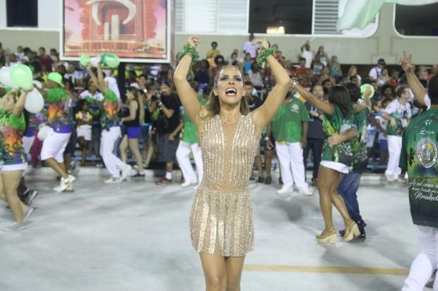 Wanessa vai ao ensaio técnico da Mocidade na Sapucaí, no Rio (Foto: Daniel Pinheiro/AgNews )
