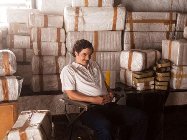 O ator brasileiro Wagner Moura interpreta o traficante colombiano Pablo Escobar na série 'Narcos', da Netflix (Foto: Divulgação)