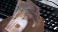 Pedidos de empréstimos sobem pelo quarto mês seguido, diz Serasa