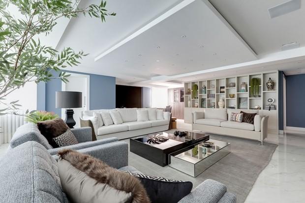 Com mix harmônico, apartamento atende a desejos distintos de casal (Foto: Divulgação )