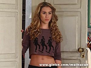 Meg se irrita com as provocações de Sofia (Foto: Malhação/ TV Globo)