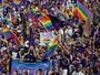 Em jogo marcado por homenagens a vítimas de atentados, Orlando empata