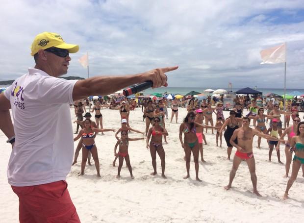 Projeto oferece aulas de dança e atividades físicas (Foto: Matheus Ramalho)