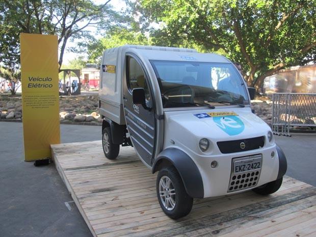 Carro elétrico testado pelos Correios (Foto: Tadeu Meniconi/G1)