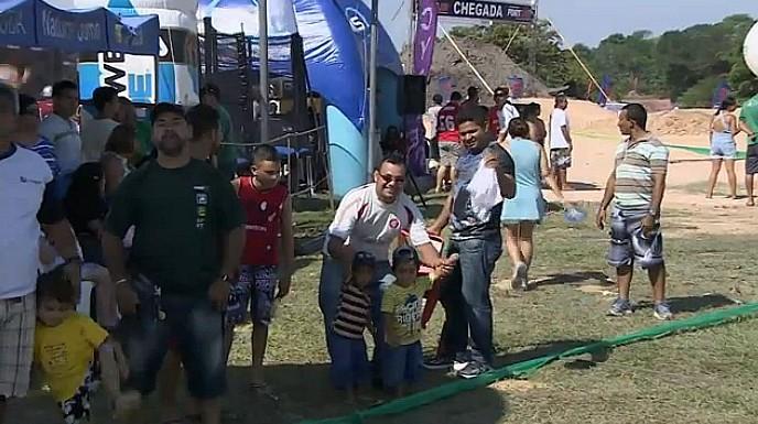 Estrutura foi montada para adultos e crianças que prestigiaram o evento (Foto: Bom dia Amazônia)