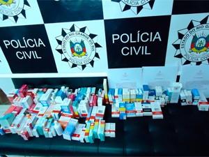 Lote apreendido com donos de farmácia (Foto: Divulgação/Polícia Civil)