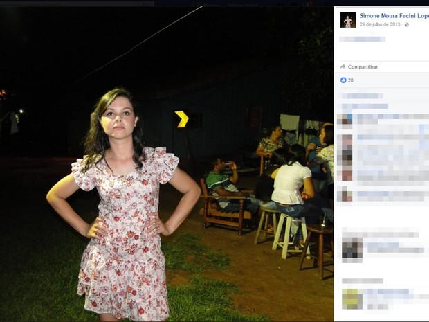 Simone foi encontrada amarrada em cama (Foto: Reprofução/Facebook)