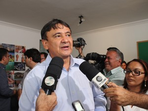 Governador eleito Wellington Dias anunciou nomes que irão compor o secretariado  (Foto: Gilcilene Araújo/ G1)
