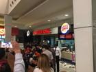 Parte do teto de lanchonete cai e fere clientes em shopping do Recife