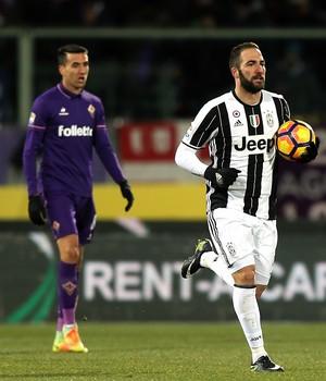 Higuaín, Fiorentina x Juventus (Foto: Gabriele Maltinti/Getty Images)