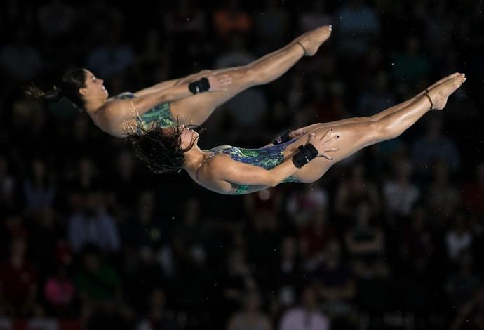Ingrid Oliveira e Giovanna Pedroso: prata nos saltos ornamentais Pan de Toronto  (Foto: Jonne Roriz/COB)