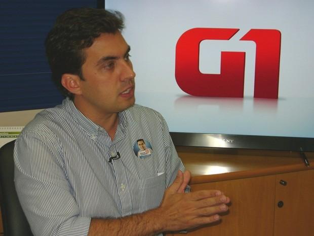 Vinícius Camarinha, do PSB, também quer implantar novo aterro sanitário (Foto: Ricardo Freitas / TV Tem)